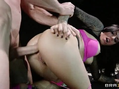Seductive Brunette Brazilian Young Slut Jeelz Ventura Gets A Hard Asshole Fucking In Public Place